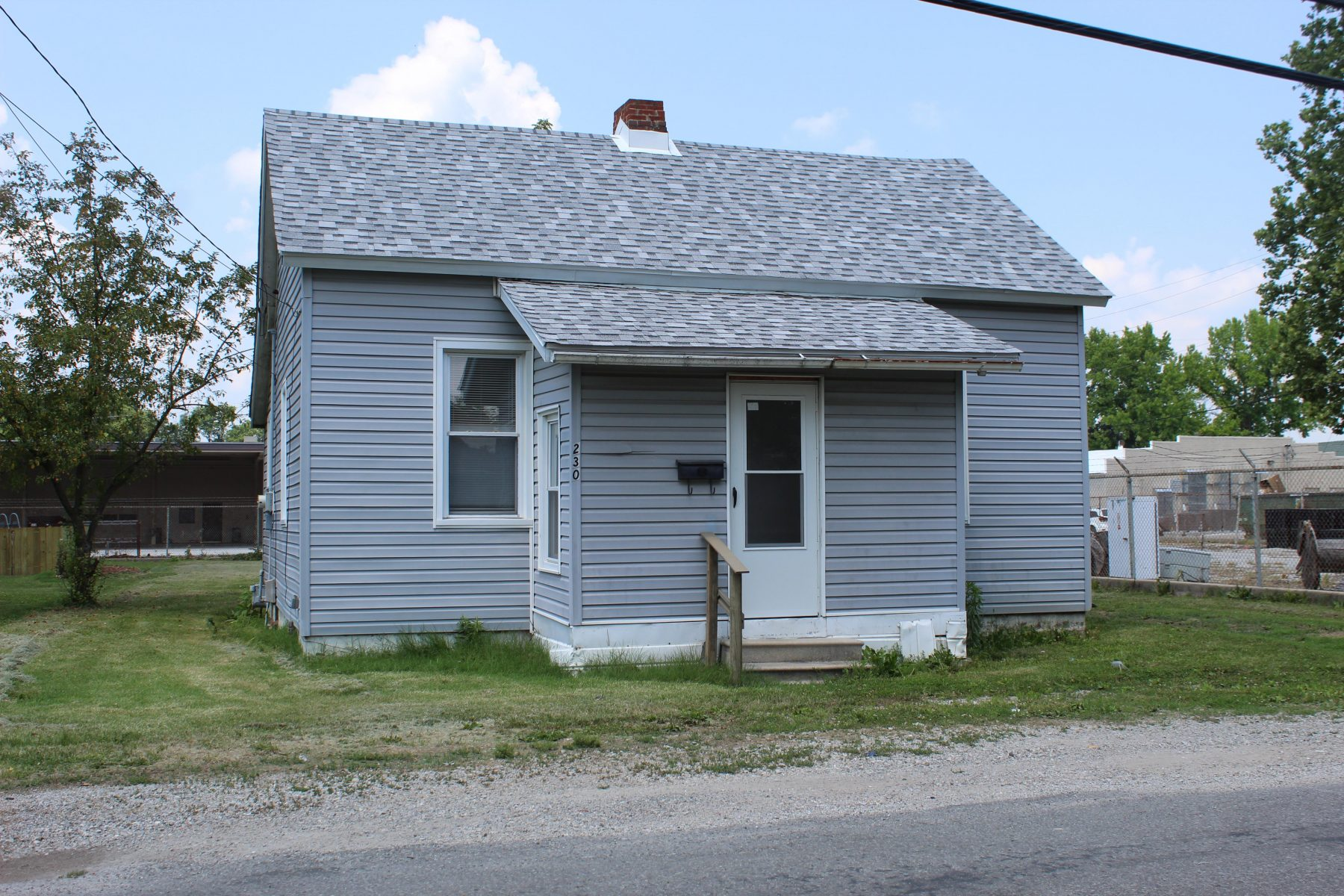 230 N East Carlinville